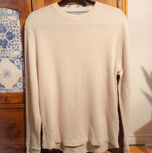 2/$20🌺Tommy Hilfiger waffle shirt size M